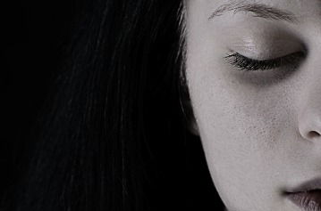 Szomoru_lány